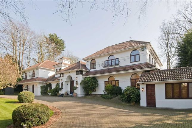 Thumbnail Detached house for sale in The Close, Totteridge