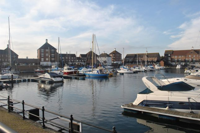 Thumbnail Property to rent in Santa Cruz Drive, Eastbourne, East Sussex