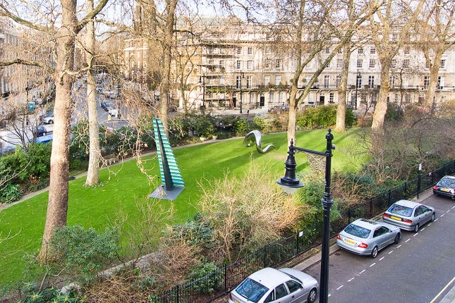 Town house for sale in Wilton Crescent, London