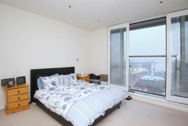 Thumbnail Flat to rent in The Oxygen, 18 Western Gateway, Royal Victoria, London