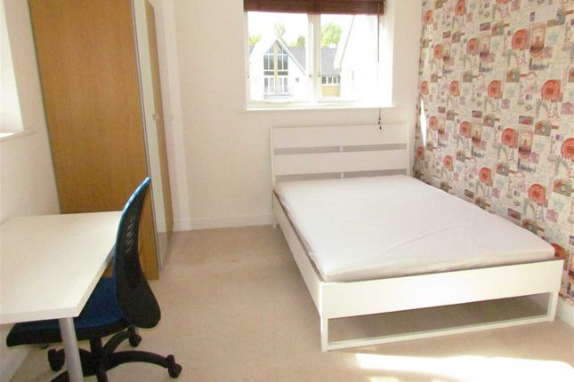 Thumbnail Flat to rent in St. Andrews Close, Canterbury