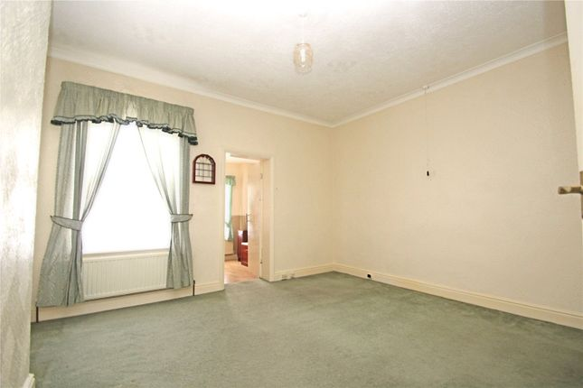 Picture No. 09 of Westfield Road, Hemsworth, Pontefract, West Yorkshire WF9