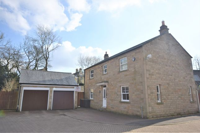 Front (Main) of Pike Close, Hayfield, High Peak SK22