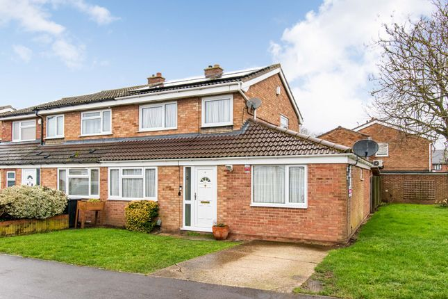 Thumbnail Semi-detached house for sale in Sandy View, Biggleswade