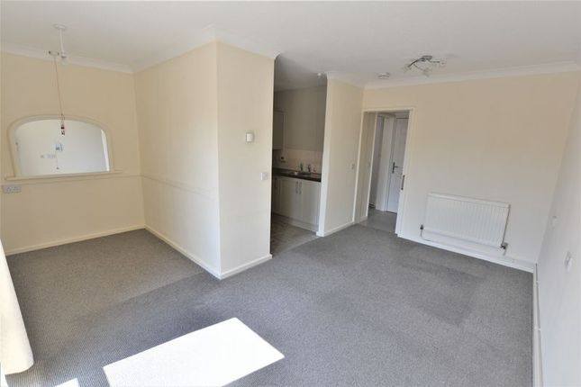 Thumbnail Flat to rent in Moorside Court, Ravensmoor Close, Lincoln (Over 55's)