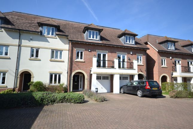 1 (Main) of Goodacre Close, Weybridge KT13