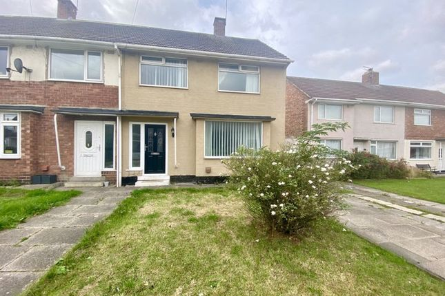 3 bed property to rent in Radyr Close, Roseworth TS19