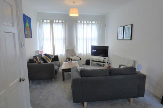 Thumbnail Property to rent in Hamilton Road, London