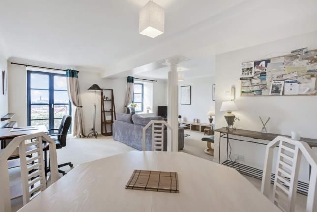 Thumbnail Flat for sale in Speirs Wharf, Glasgow, Lanarkshire, Scotland