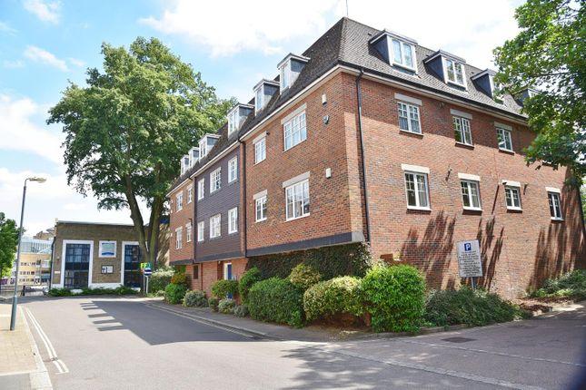Thumbnail Flat to rent in Old Bridge Street, Hampton Wick, Kingston Upon Thames