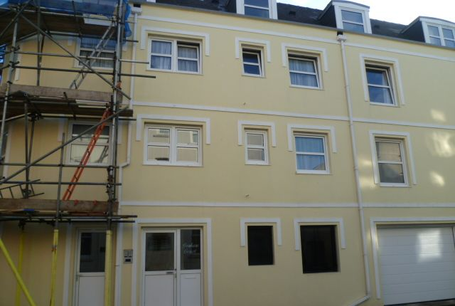 Thumbnail Flat to rent in Duhamel Place, St Helier