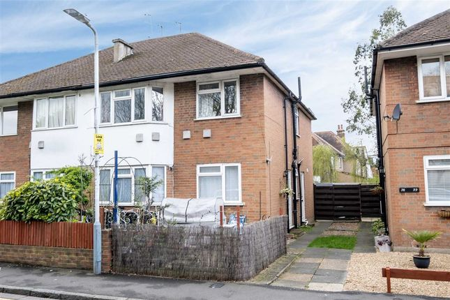 Thumbnail Maisonette to rent in Whitehall Road, Uxbridge, Middlesex