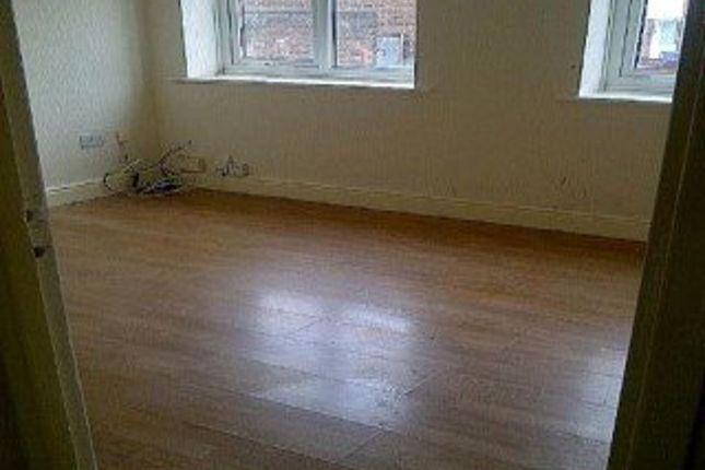 Thumbnail Maisonette to rent in Swindon Street, Kirkdale, Liverpool