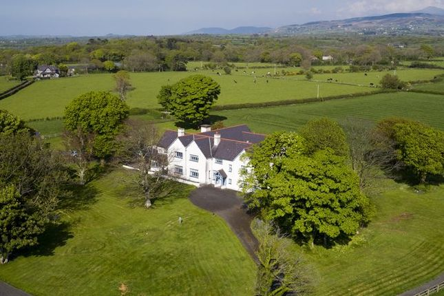 Thumbnail Detached house for sale in Bontnewydd, Caernarfon