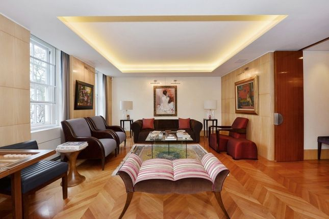 Thumbnail Property to rent in Lowndes Square, Knightsbridge