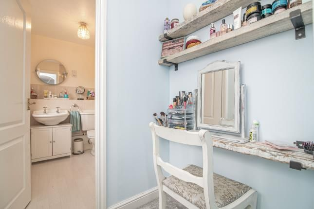 Dressing Area of Summerhouse Close, Redditch, Worcestershire, Callow Hill B97