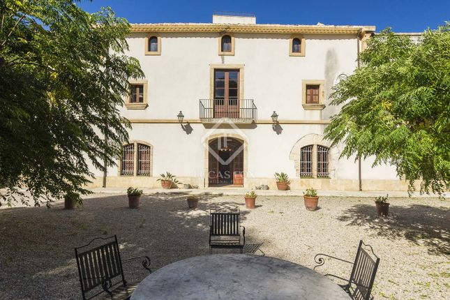 Thumbnail Country house for sale in Spain, Barcelona, Sitges, Penedès, Sit24855