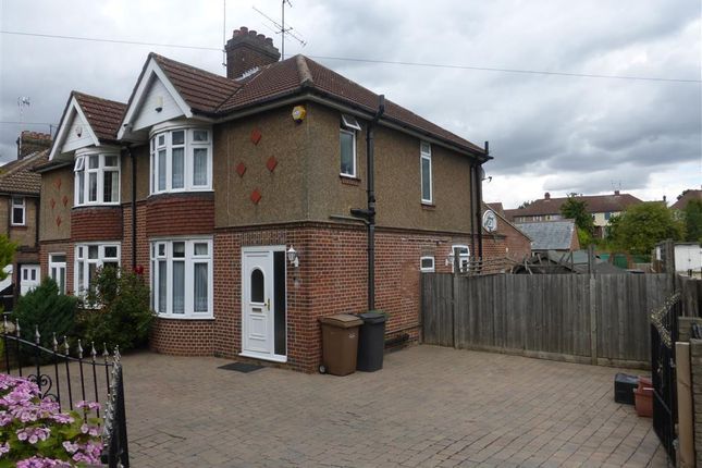 Thumbnail Semi-detached house for sale in Oakley Road, Leagrave, Luton