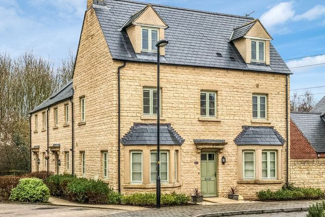 4 bed semi-detached house to rent in Ormand Close, Cirencester GL7