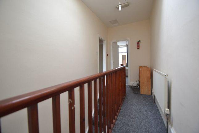 3 bed flat to rent in Cheltenham Crescent, Cheltenham Road, Bristol