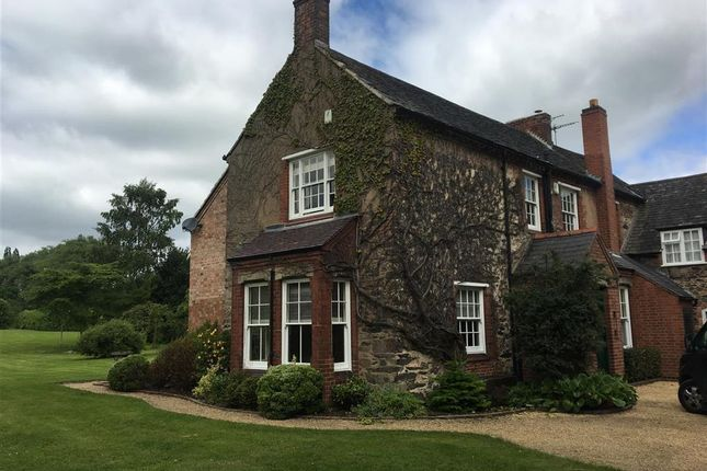 Thumbnail Farmhouse to rent in Slate Pit Lane, Groby, Leicester