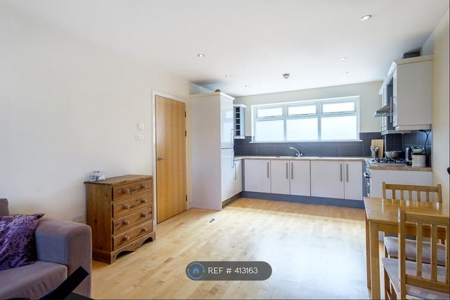 Thumbnail Flat to rent in Burnham Street Kingston, Kingston
