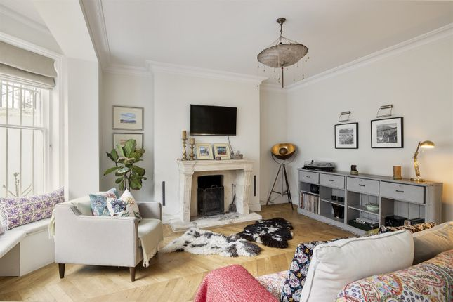 2 bed flat for sale in Arundel Gardens, London W11