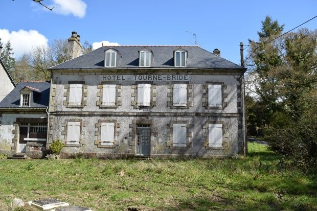 Thumbnail Hotel/guest house for sale in 56770 Plouray, Morbihan, Brittany, France