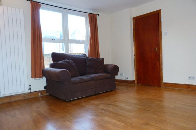 Thumbnail Flat to rent in Dean Road, London