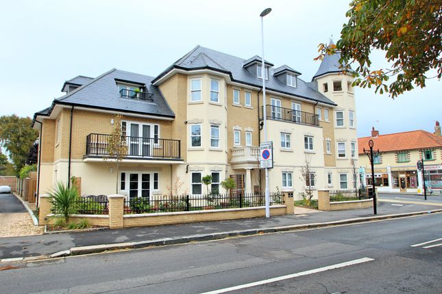 Thumbnail Flat to rent in Langthwaite House, Heene Road