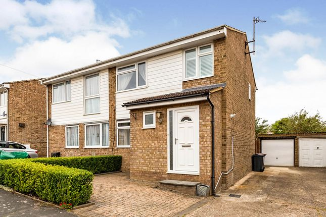 Thumbnail Semi-detached house for sale in Kings Down, Hitchin, Hertfordshire