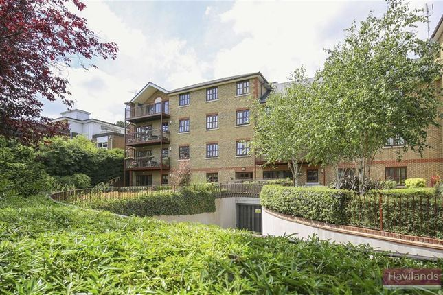 Thumbnail Flat for sale in Green Dragon Lane, London