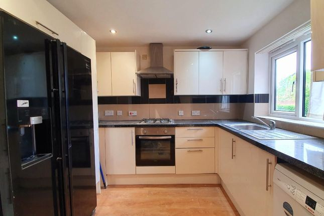 Thumbnail Semi-detached house to rent in Manton Road, Enfield