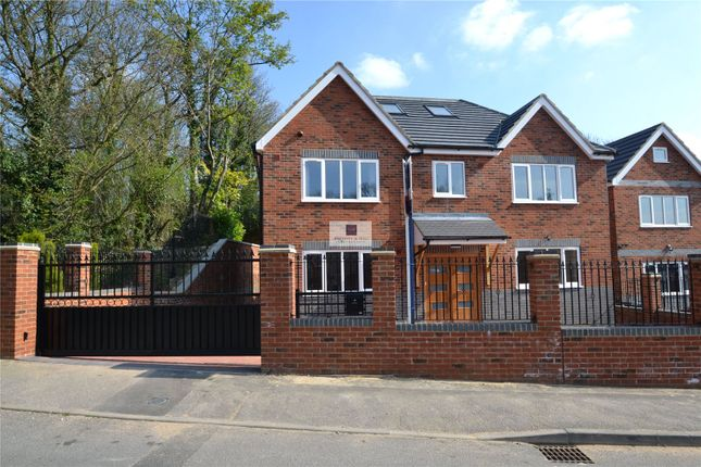 Thumbnail Detached house to rent in Tunnel Wood Road, Watford