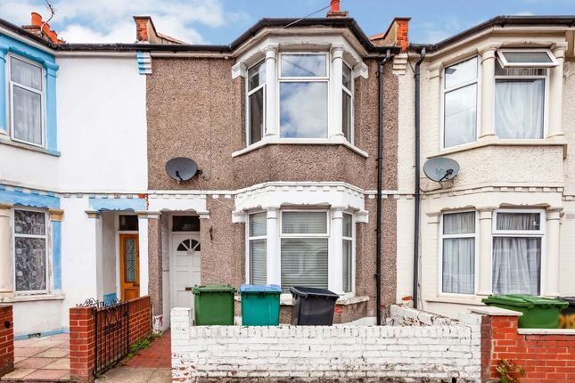 Thumbnail Terraced house to rent in Whippendell Road, Watford
