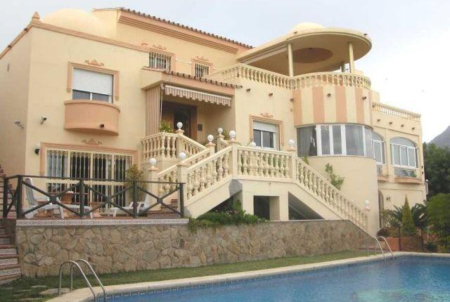 7 bed villa for sale in Spain, Málaga, Benalmádena, Torrequebrada