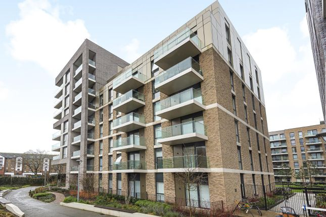 2 bed flat for sale in Queenshurst Square, Kingston Upon Thames KT2
