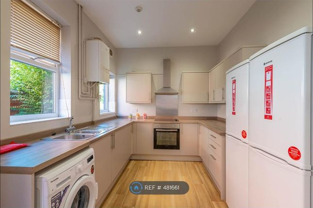 Thumbnail Terraced house to rent in Carholme Road, Lincoln