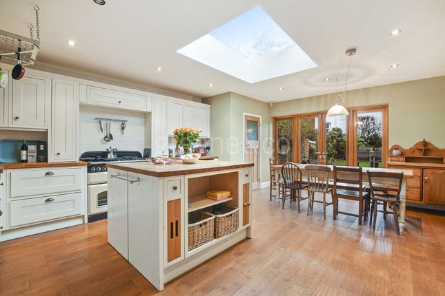 Thumbnail Terraced house for sale in Park Road, Crouch End, London
