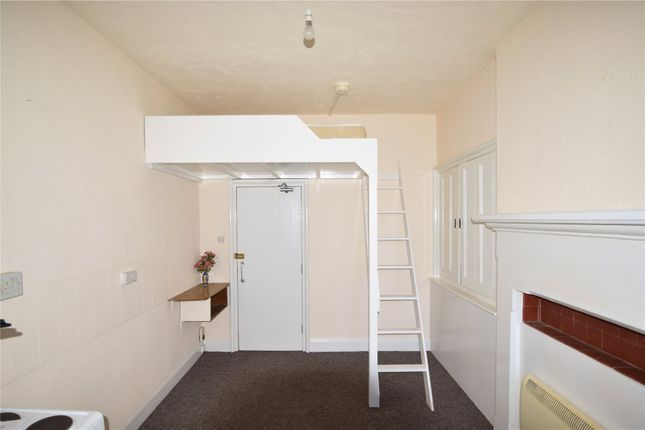 Thumbnail Studio to rent in North Street, Keighley, West Yorkshire