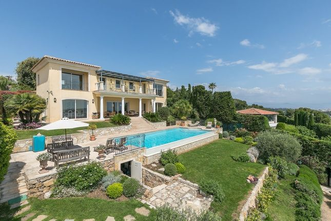 Villa for sale in Golfe Juan, French Riviera, France