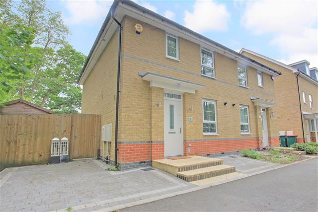 Thumbnail Semi-detached house for sale in Witney Road, Furnace Green, Crawley