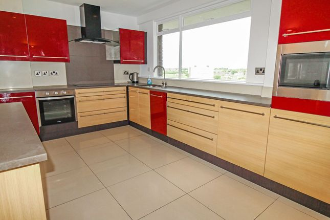 Flat to rent in Montagu Court, Gosforth, Newcastle Upon Tyne