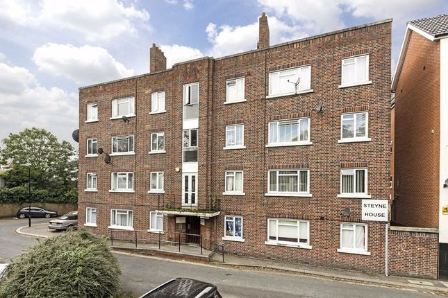3 bed flat for sale in Horn Lane, London W3