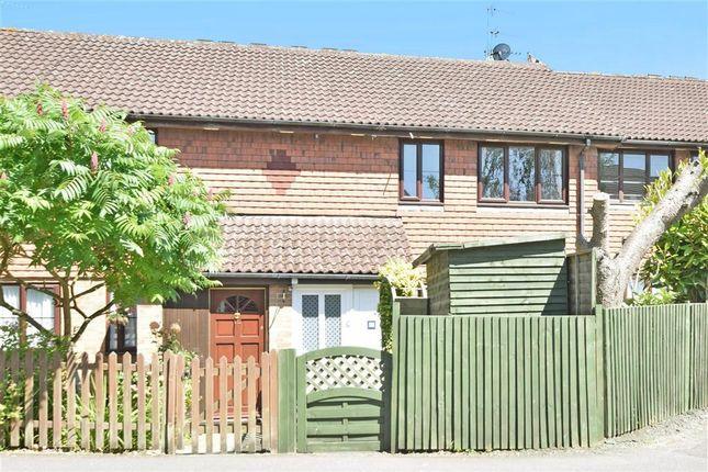Thumbnail Maisonette for sale in Albion Way, Edenbridge, Kent