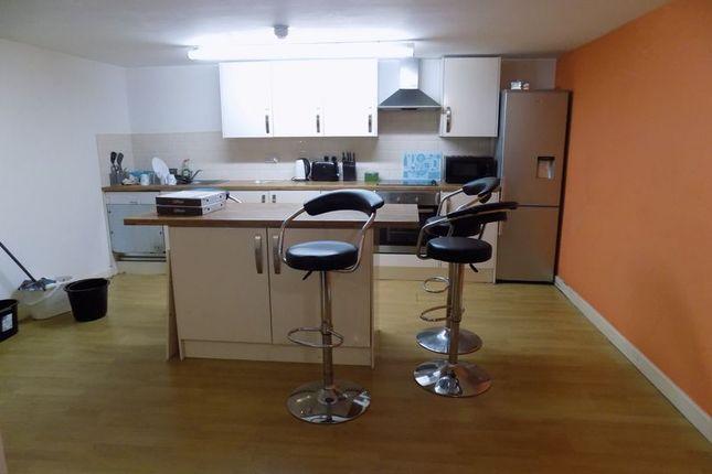 Communal Kitchen of Sunbridge Road, Bradford BD1