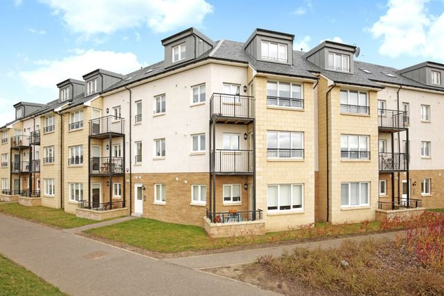 Thumbnail Flat for sale in 21D, South Chesters Gardens, Bonnyrigg