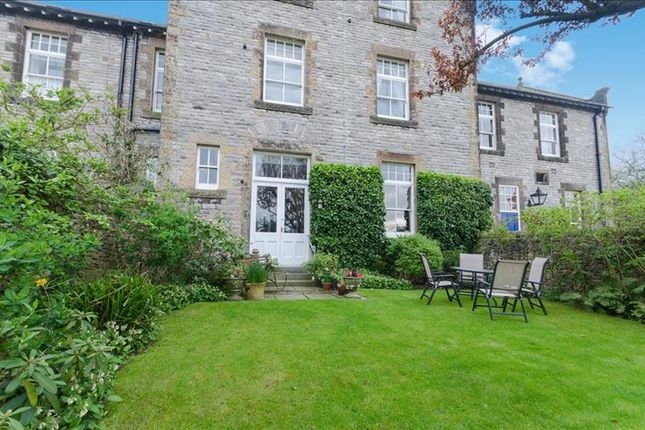 1 bedroom flat for sale in Rowsley House, Castle Drive, Bakewell
