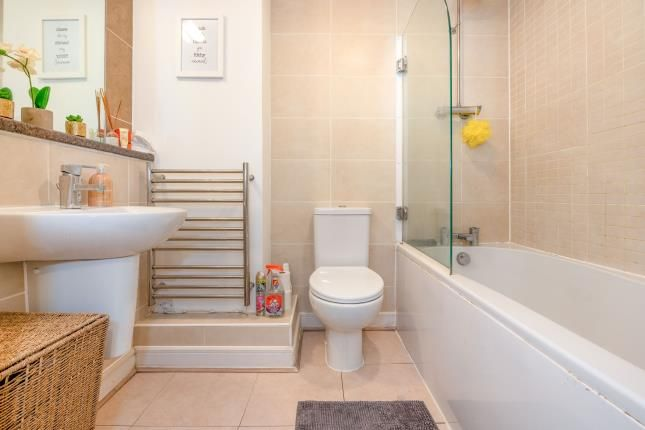 Bathroom of The Crescent, Plymouth PL1