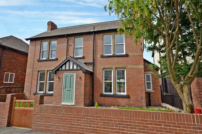 Thumbnail Detached house for sale in Park Avenue, Castleford, West Yorkshire